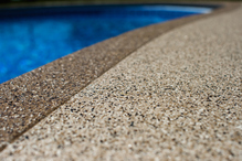 Dalle beton gravillonnee