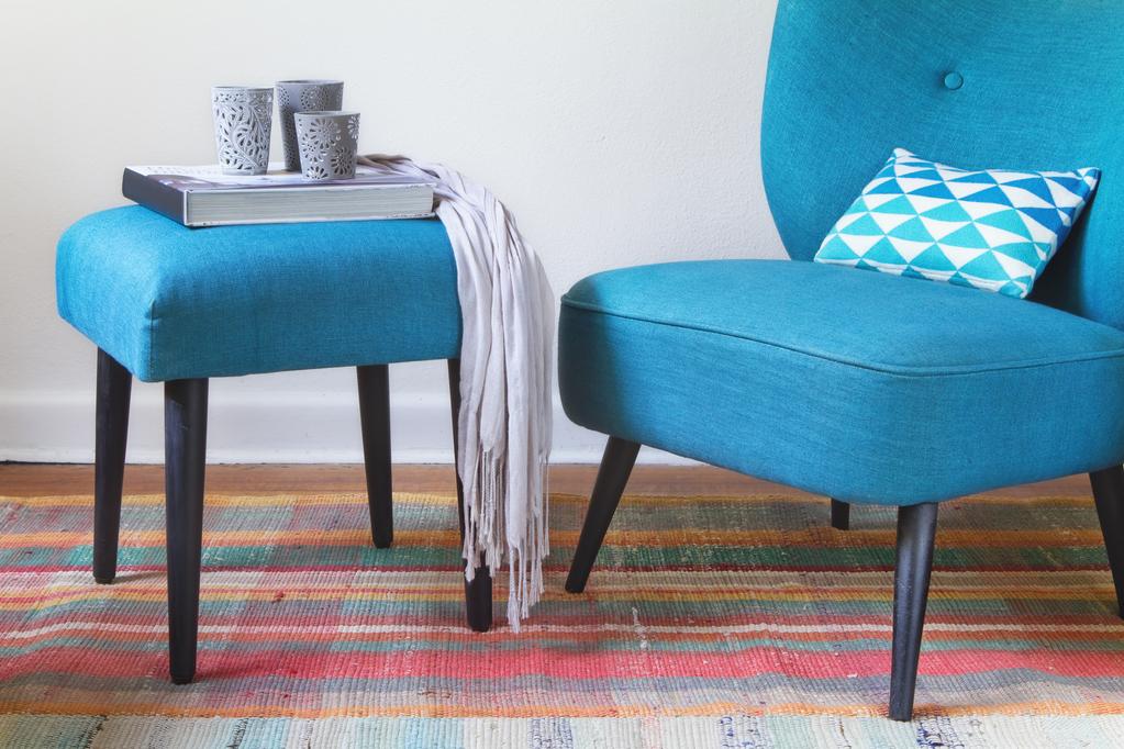 quelles couleurs marier avec le bleu conseils d co ooreka. Black Bedroom Furniture Sets. Home Design Ideas