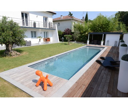 abri local technique piscine local technique piscine enterr en gironde exemple de local. Black Bedroom Furniture Sets. Home Design Ideas