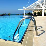 Echelle piscine infos et conseils sur l 39 chelle de piscine for Echelle de piscine