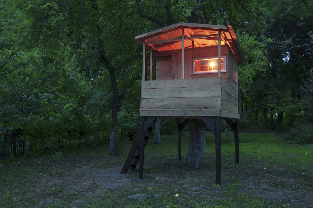 quel clairage pour sa cabane de jardin. Black Bedroom Furniture Sets. Home Design Ideas