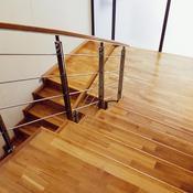 comment vitrifier un escalier en bois. Black Bedroom Furniture Sets. Home Design Ideas