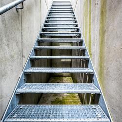 Escalier en caillebotis