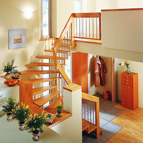 Escalier bois tournant