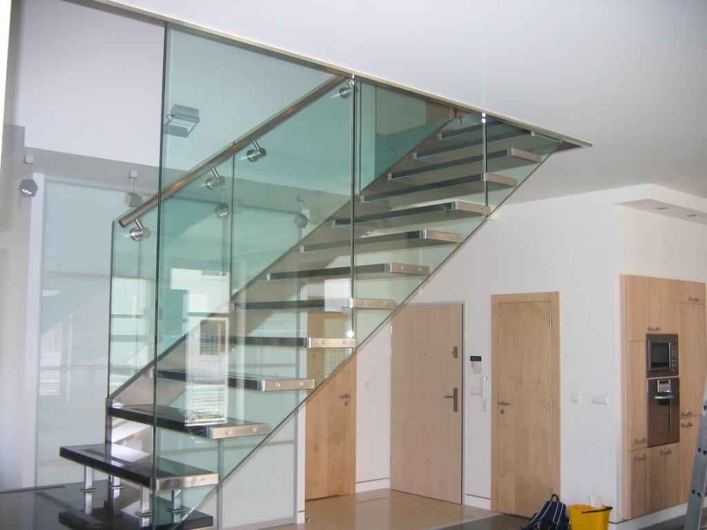 verri re d 39 escalier mod les mat riaux pose tarifs ooreka. Black Bedroom Furniture Sets. Home Design Ideas