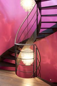 Escalier: éclairage, luminosité