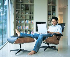 Le fauteuil relax est la solution idéale et accessible pour tous ceux qui veulent apaiser leurs douleurs de dos ou simplement se détendre.