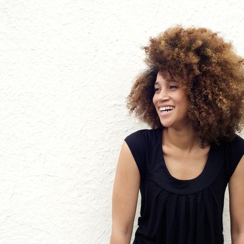 Entretenir des cheveux crépus