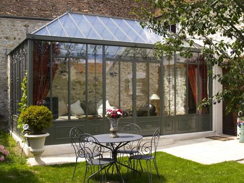 veranda acier tout savoir sur la veranda en acier. Black Bedroom Furniture Sets. Home Design Ideas