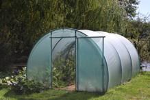 serre infos sur les serres de jardin en film souple. Black Bedroom Furniture Sets. Home Design Ideas