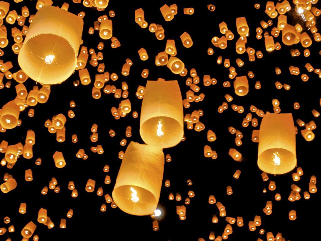 lcher de lanternes pour son mariage - Lanterne Volante Mariage