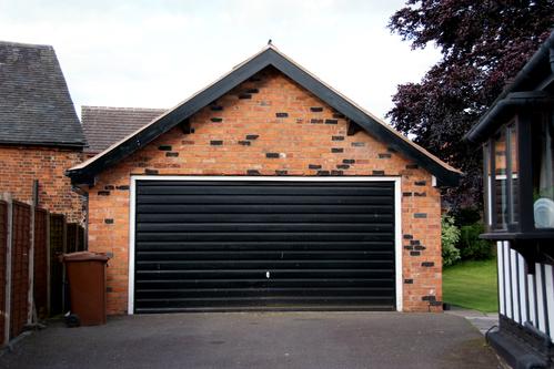 Toiture garage choisir la bonne toiture de garage for Main d oeuvre garage