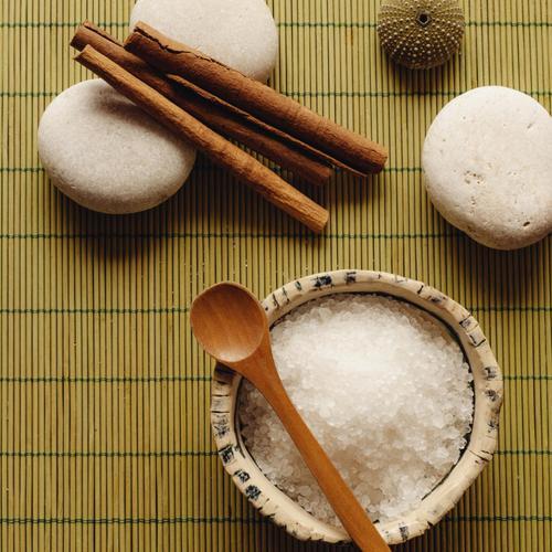 Fabriquer un gommage au sucre maison
