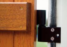 pose volets battants comment bien r aliser la pose. Black Bedroom Furniture Sets. Home Design Ideas