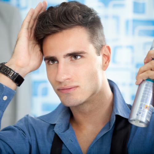 Couper ses cheveux soi meme homme