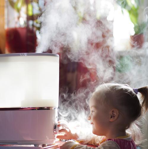 Supérieur Humidifier L Air D Une Chambre #4: Humidificateur_enfant_sante-main-11092420.jpg