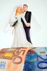 Billets et mariés en plastique