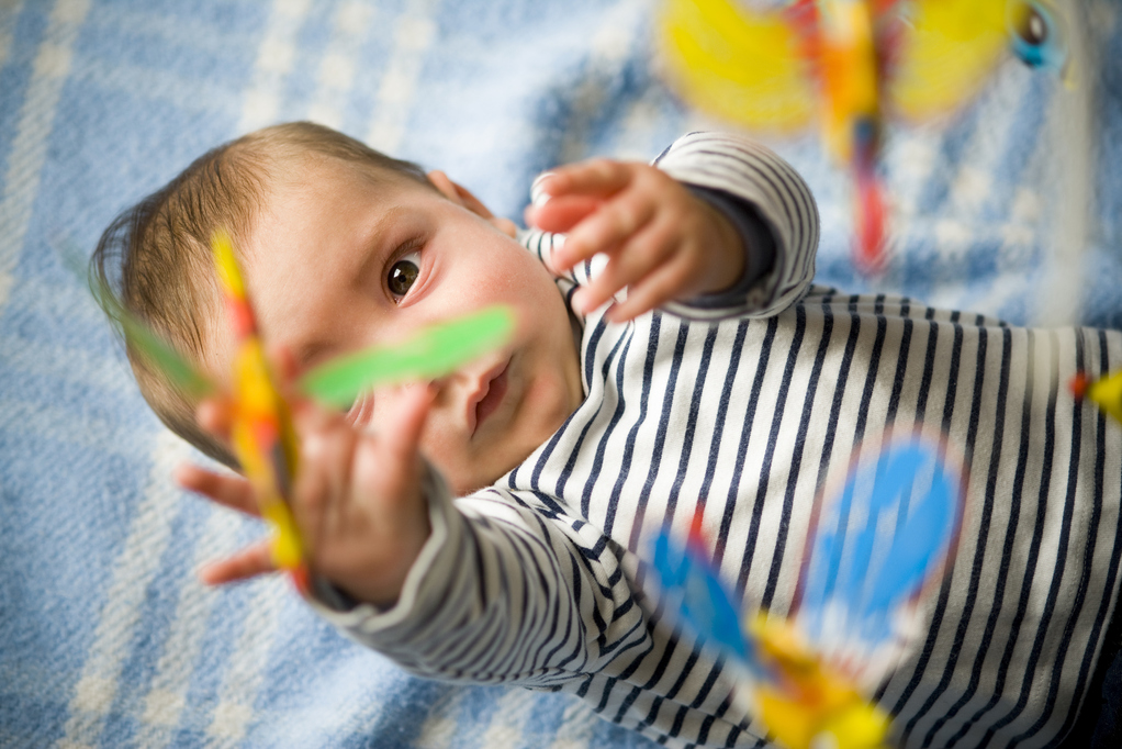 Abdesamade22ortho 7 jeux de cr ativit pour b b for Orientation lit bebe