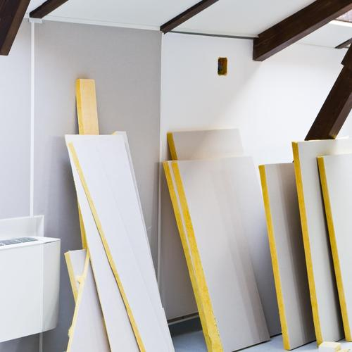 isoler entre chevrons avec panneaux semi rigides ooreka. Black Bedroom Furniture Sets. Home Design Ideas