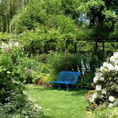 cr er un jardin romantique ooreka. Black Bedroom Furniture Sets. Home Design Ideas