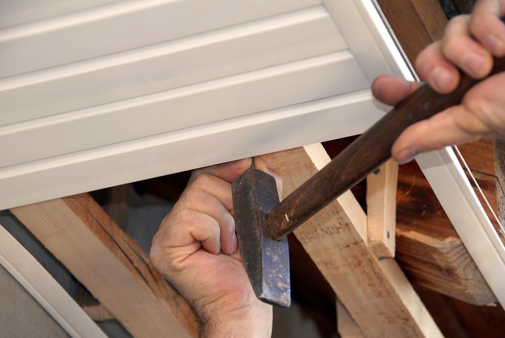 Lambris PVC extérieur : types, pose et entretien - Ooreka