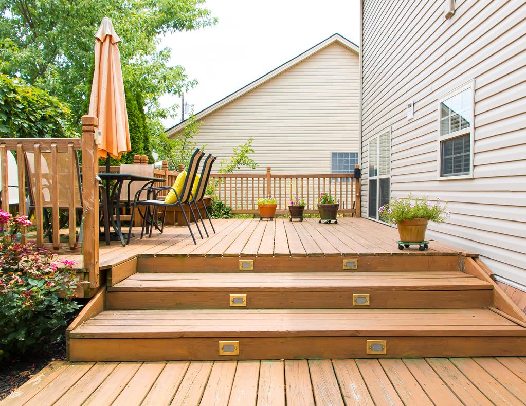 lame de terrasse douglas caract ristiques entretien. Black Bedroom Furniture Sets. Home Design Ideas