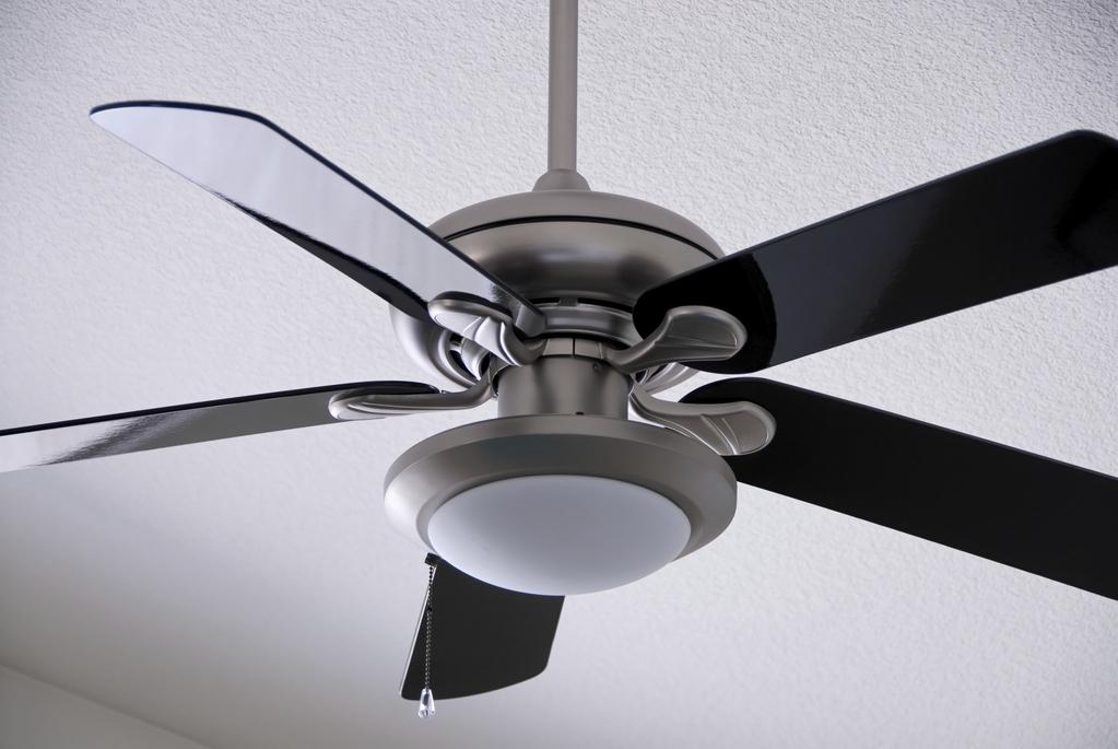 Ventilateur De Plafond Pour Rpartir La Chaleur