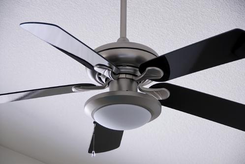 Un Ventilateur De Plafond Pour Repartir La Chaleur
