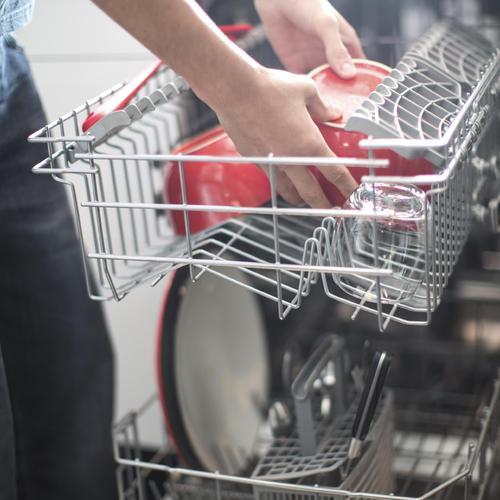 Comment consommer moins d'eau et d'électricité avec votre lave-vaisselle ?