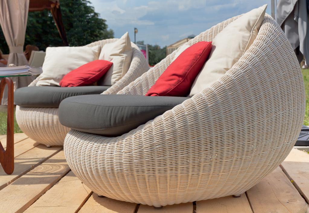 loveuse de jardin usages mod les mati res et prix ooreka. Black Bedroom Furniture Sets. Home Design Ideas