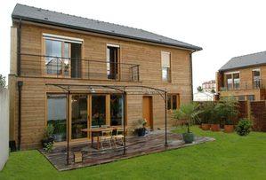 maison bois exterieur