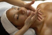 Massage visage femme