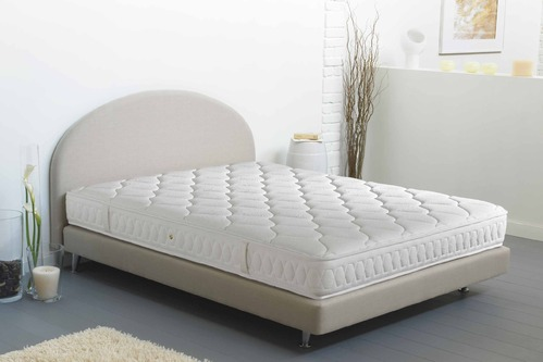 matelas en latex dimensions et prix ooreka. Black Bedroom Furniture Sets. Home Design Ideas