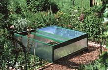 mini serre infos sur toutes les mini serres de jardin. Black Bedroom Furniture Sets. Home Design Ideas