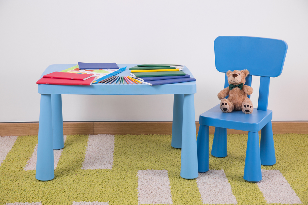 Table Enfant Et Chaise Conceptions De Maison