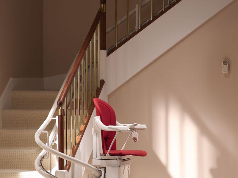 acheter un monte escalier d 39 occasion ooreka. Black Bedroom Furniture Sets. Home Design Ideas
