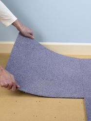 colle pour moquette prix et pose ooreka. Black Bedroom Furniture Sets. Home Design Ideas