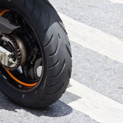Kit de réparation de pneu moto