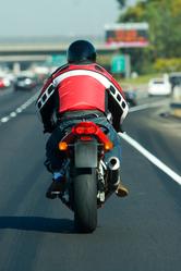 Conseils pour circuler en moto sur l'autoroute