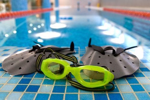 cfbbb03785 Lunettes de natation correctrices : critères de choix, prix - Ooreka