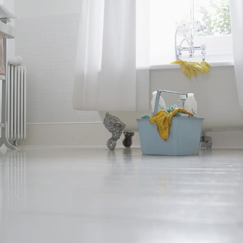 Les 12 tapes du grand nettoyage de printemps nettoyer for Nettoyer une salle de bain