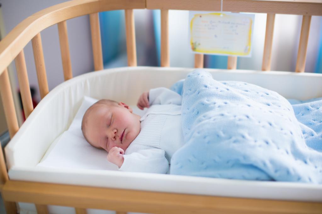 B b dort beaucoup quand faut il s 39 inqui ter ooreka - Bebe qui veut pas dormir dans son lit ...