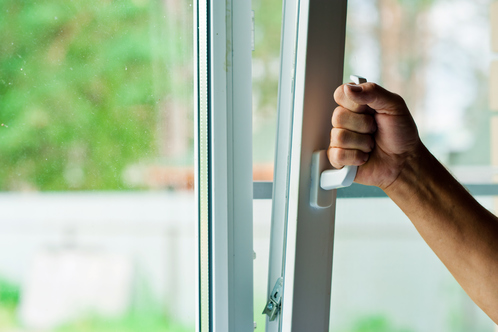 Fenêtre oscillo-battante 1 vantail : infos, conseils, prix ...