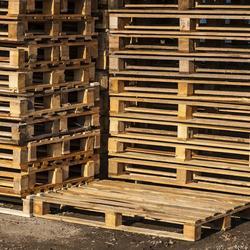 Palette stockage bien choisir ses palettes de stockage - Fabriquer un bureau en palette ...