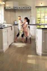 peut on mettre du parquet dans une cuisine resine de protection pour peinture. Black Bedroom Furniture Sets. Home Design Ideas