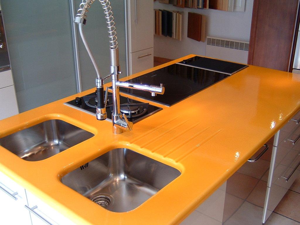 peinture plan de travail cuisine atouts utilisation prix ooreka. Black Bedroom Furniture Sets. Home Design Ideas