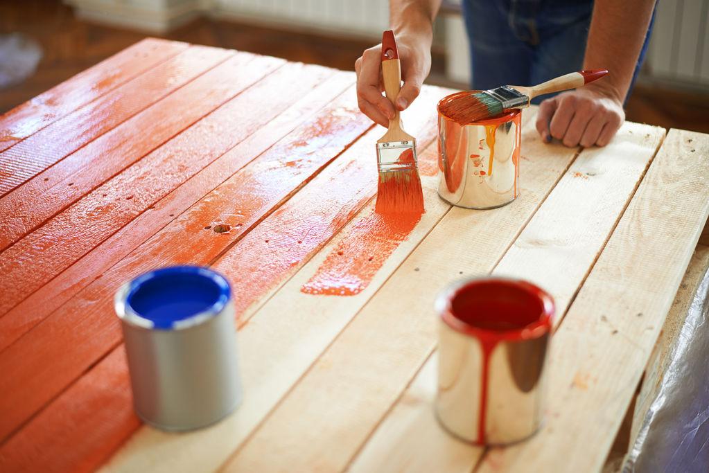 Peinture sur lambris vernis sans poncer blog de for Peinture pour bois verni