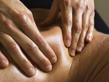 massage petrissage nuque
