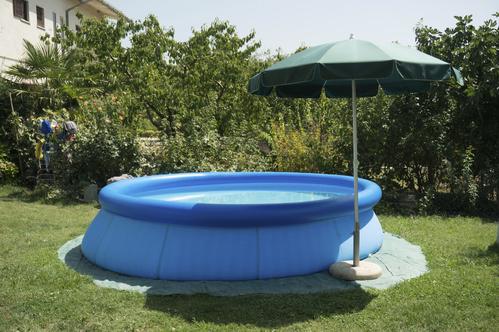 Traiter Ou Vider Leau Dune Piscine Gonflable Ooreka - Comment nettoyer une piscine autoportee