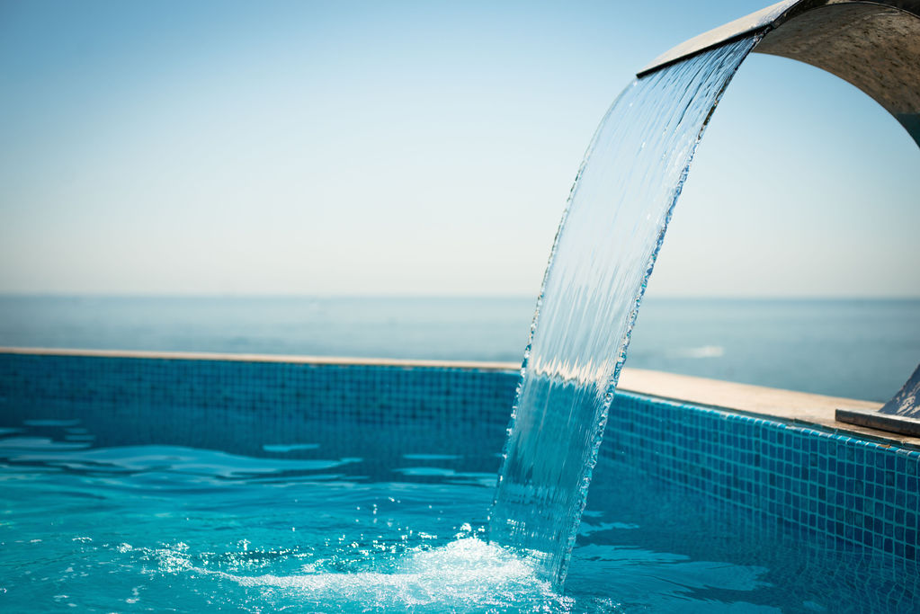 Mini piscine spa crit res de choix et prix ooreka for Prix piscine spa